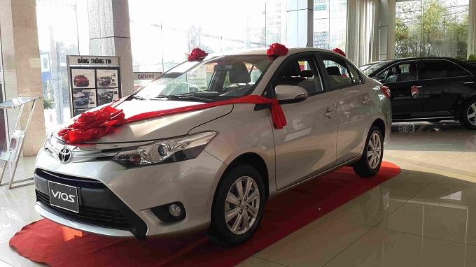 Hông xe Toyota Vios 1.5G 2016