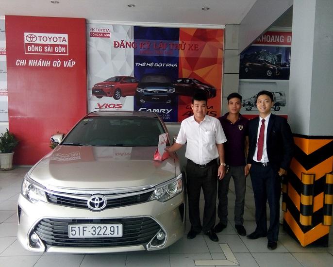 Toyota Sài Gòn giao xe