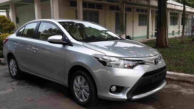 Hông xe Toyota Vios 1.5E 2016